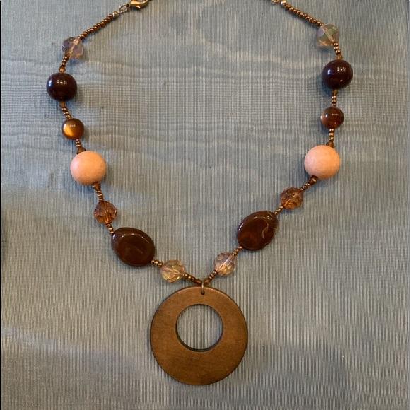 Fashion Jewelry Jewelry - Fashion Necklace! Combination of wood & beads
